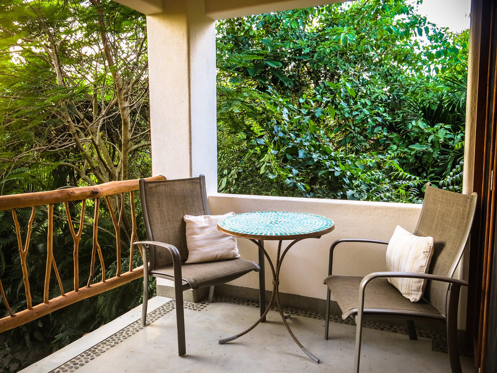 Casa Oasis Troncones Treehouse treetop balcony